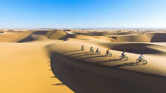 NAMIBIE – En vélo sur les dunes